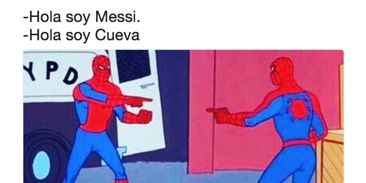 Usuarios se divierten tras el penalti que falló Cuevas, lo comparan con Messi