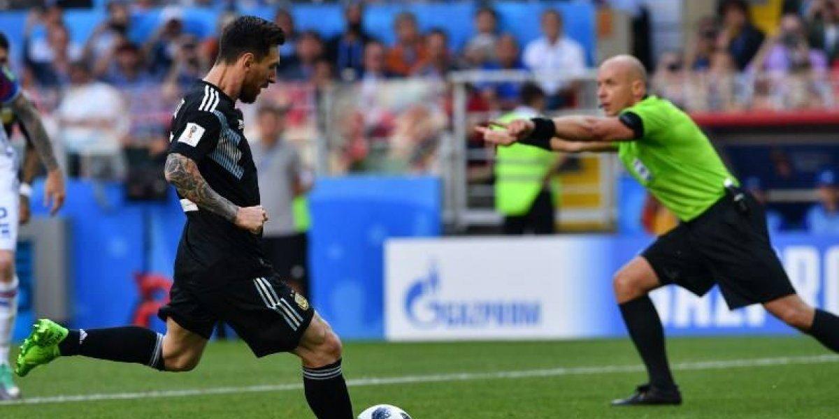 Messi hace explotar las redes sociales tras fallar un penal ante Islandia