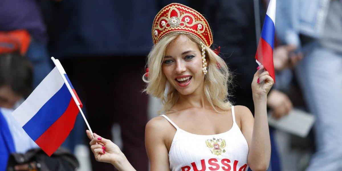 Hacen increíble petición sexual a chicas rusas durante el Mundial
