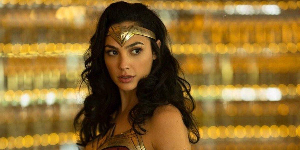 Gal Gadot deslumbra con nuevo traje de 'Mujer Maravilla 84'