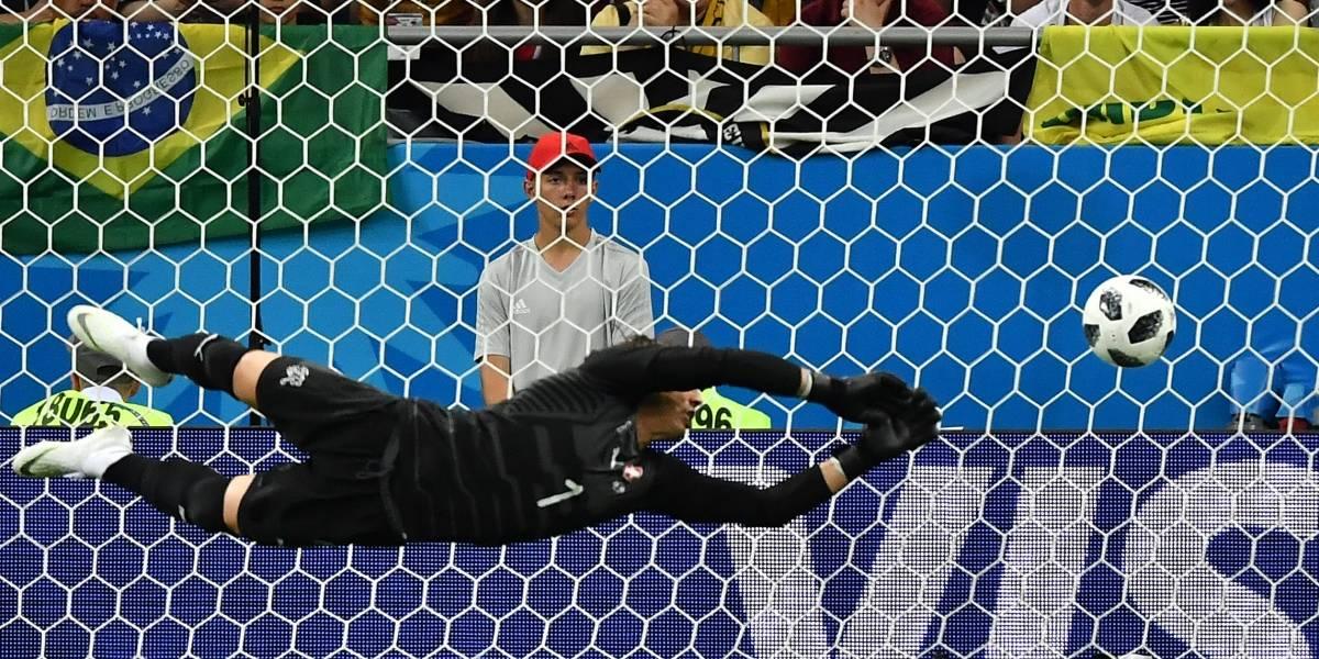 Exjugadores del Barça y las redes explotan tras el golazo de Coutinho