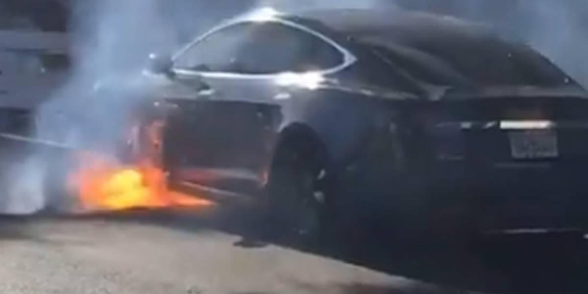Se incendia el Tesla de un director de televisión británico