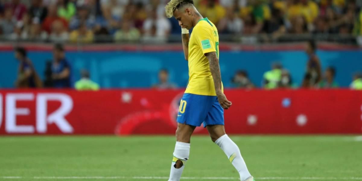 Copa 2018: meias de Neymar ficam rasgadas após jogo com a Suíça