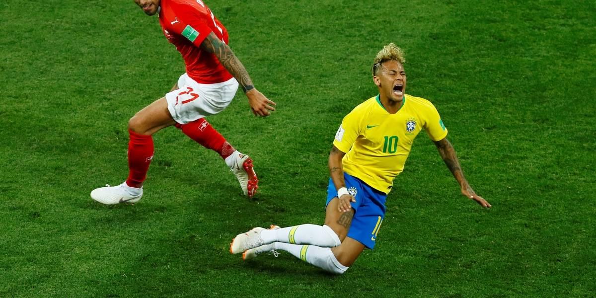 Site americano faz montagem das faltas sofridas por Neymar no empate com a Suíça