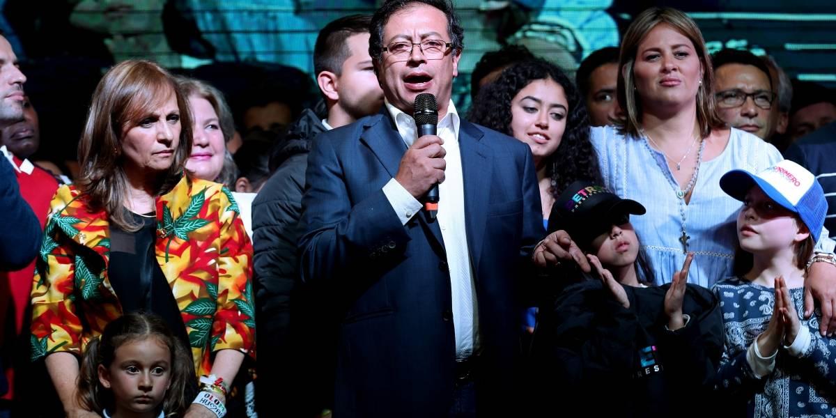 """Excandidata al Congreso dice que """"no le extrañaría"""" que Petro fuera el asesino de líderes sociales"""