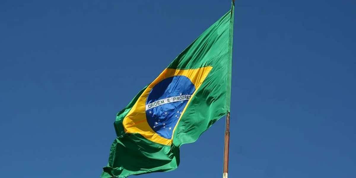 Grupo invade embaixada do Brasil na Grécia em protesto anti-Bolsonaro