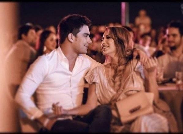 Instagram Érika Vélez y Carlos Scavone: Su amor desborda en las redes sociales
