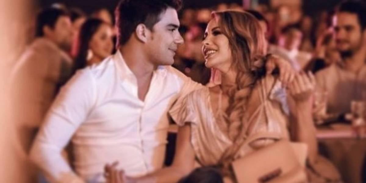 Érika Vélez y Carlos Scavone: Su amor desborda en las redes sociales