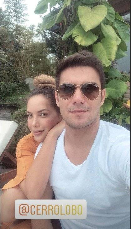 Instagram Érica Vélez y Carlos Scavone: Su amor desborda en las redes sociales