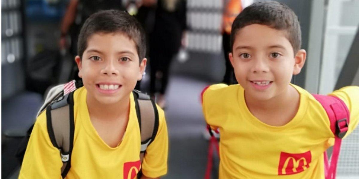 Niños guatemaltecos participan en el Alemania vs México de la mano de Toni Kroos y Marvin Plattenhardt