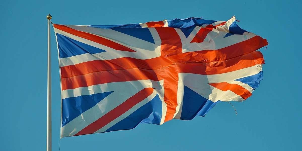 Governo do Reino Unido anuncia novas regras de imigração para 2021