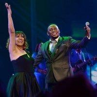 Anthony Santos ovacionado en Radio City Music Hall de Nueva York
