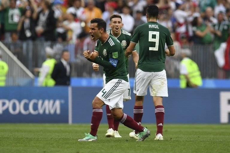 Rafa Márquez celebra con todo