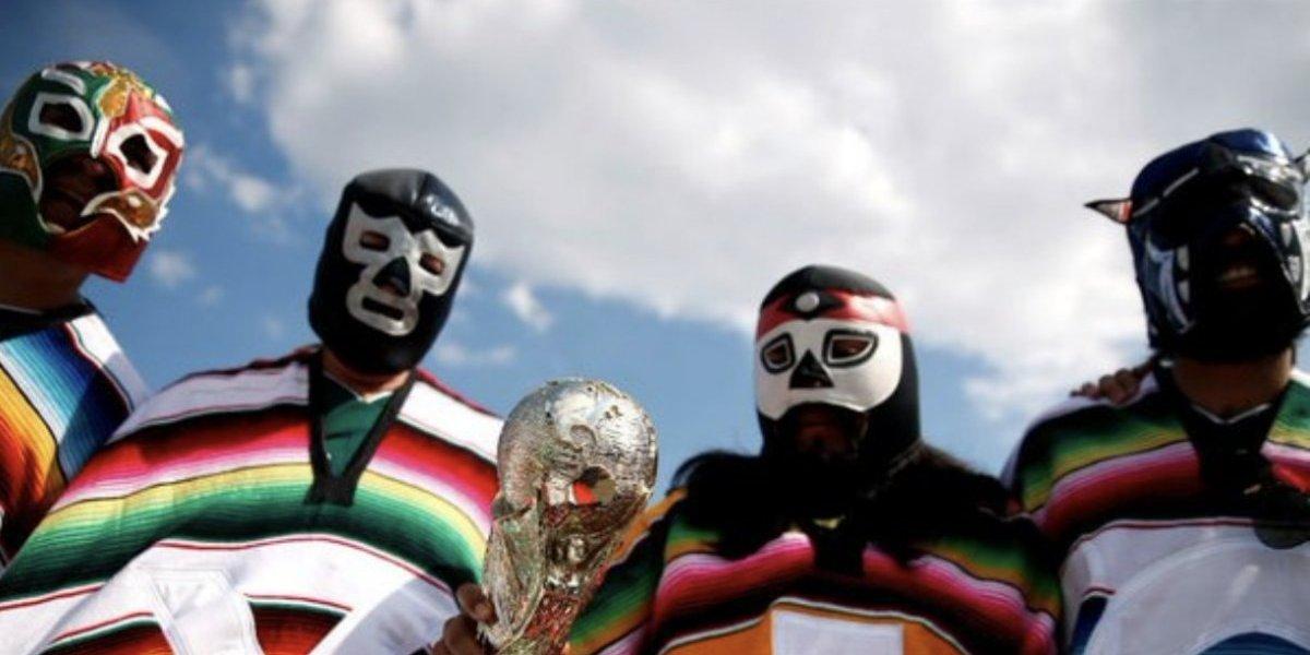 VIDEO: Sí entraron luchadores al partido de México contra Alemania