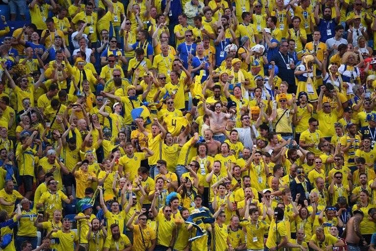 La afición sueca celebró el triunfo de su selección
