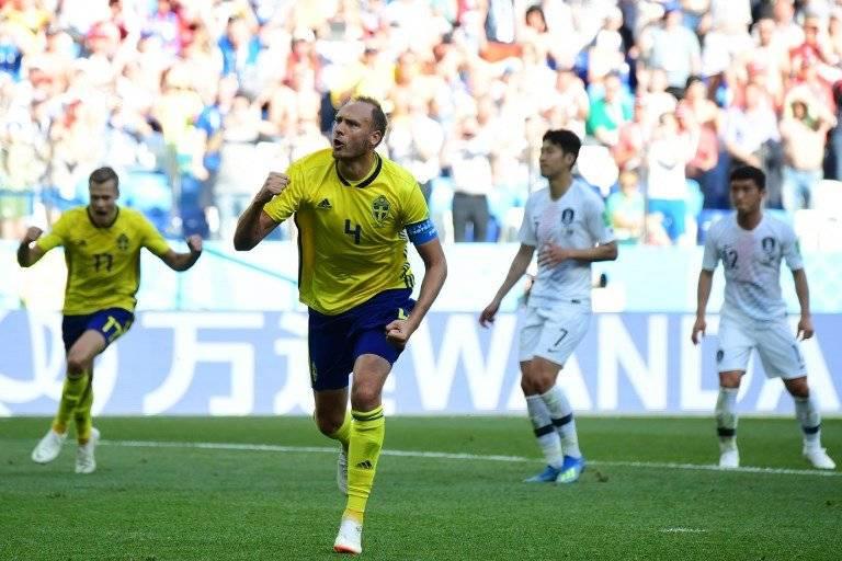 El capitán sueco celebra su gol contra los coreanos
