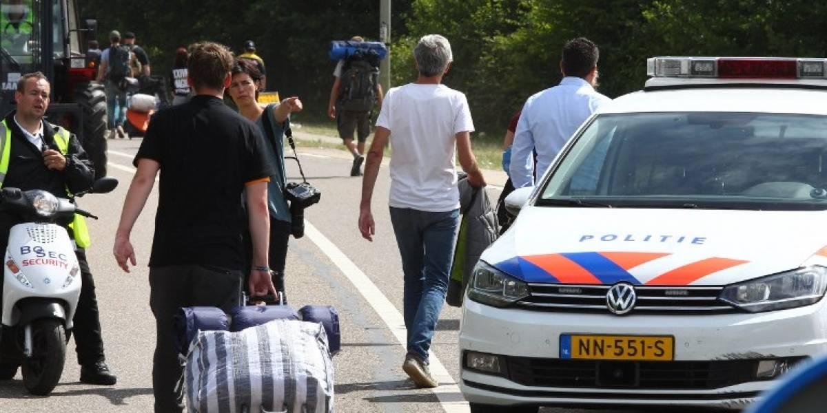 Conductor de camioneta atropella a peatones cerca de festival de música en Holanda