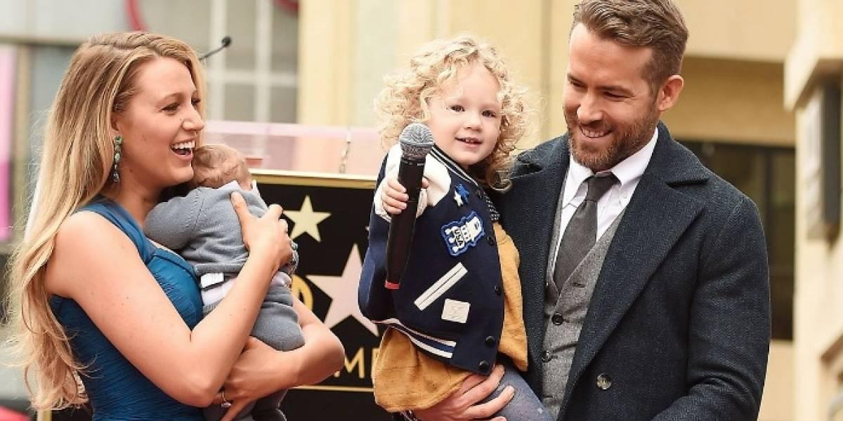 """Ryan Reynolds lo hizo de nuevo: Celebró el Día del Padre """"trolleando"""" a sus hijas y hermanos"""