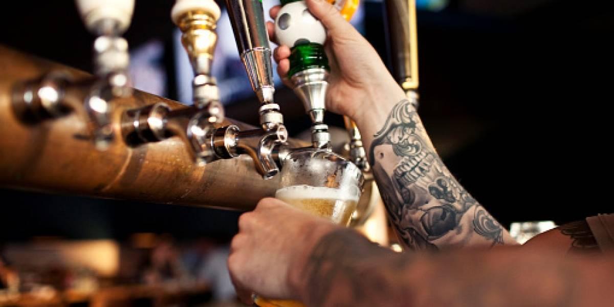 Los fanáticos terminan con las reservas de alcohol y alimentos en Moscú