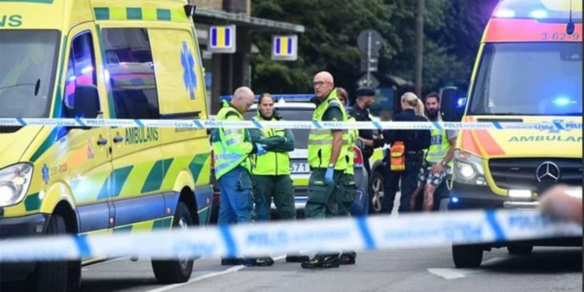 Hay al menos cinco heridos — Tiroteo en Malmoe