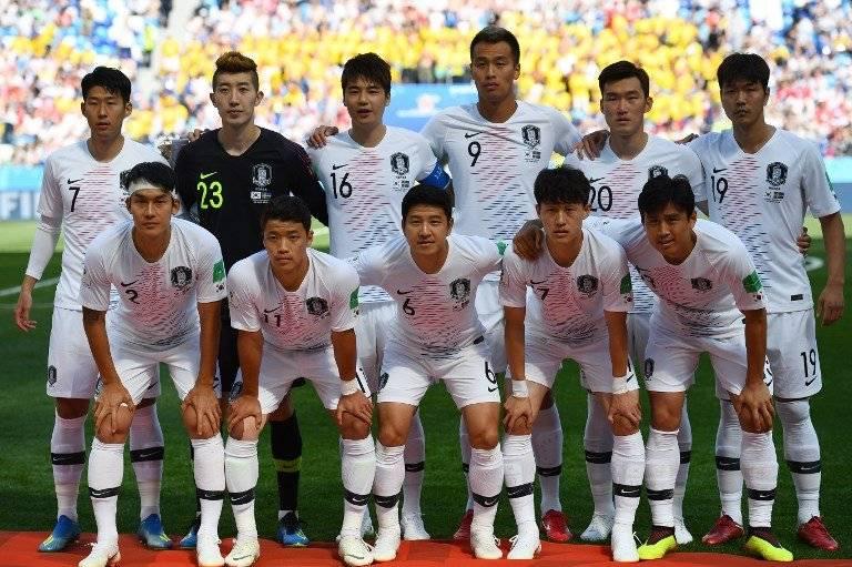 El equipo titular de Corea ante Suecia
