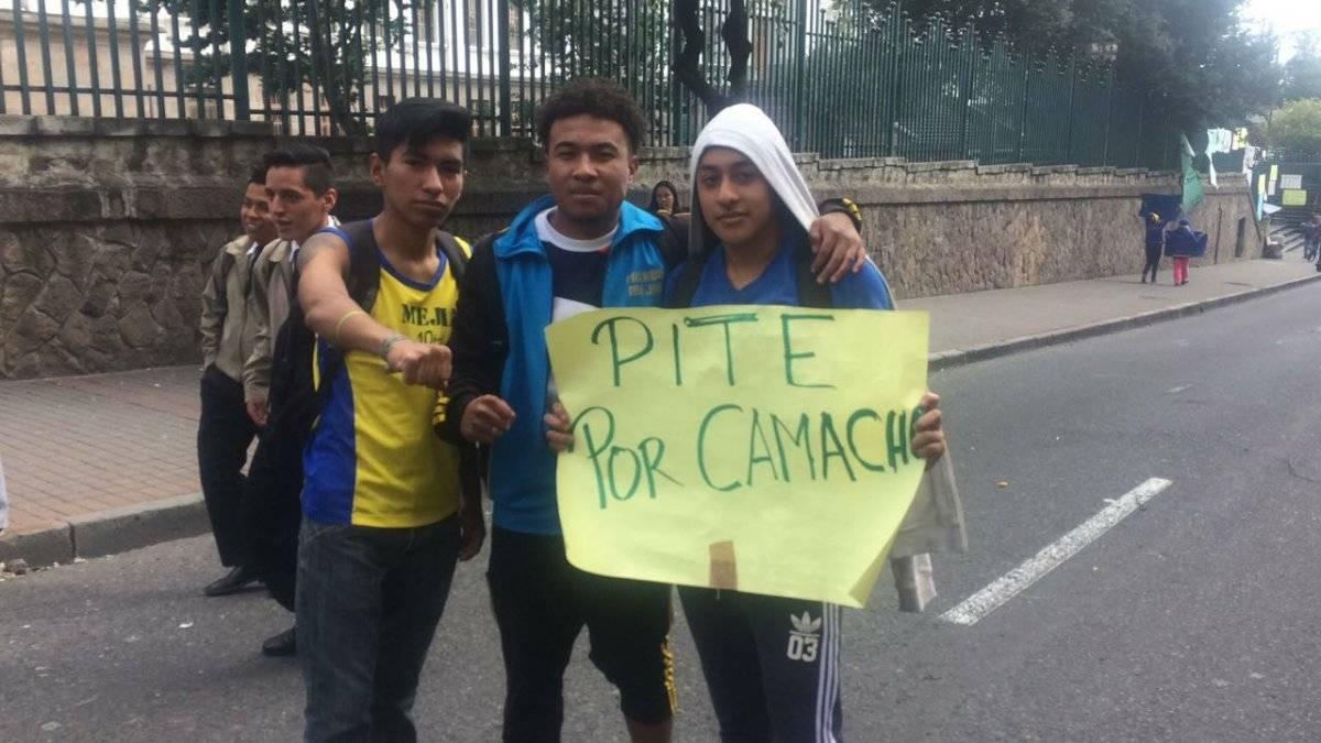 Estudiantes del colegio Mejía se toman las calles tras video de profesor Cortesía