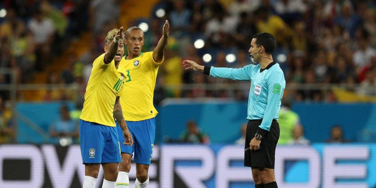 Brasil presenta queja a FIFA por arbitraje de César Ramos