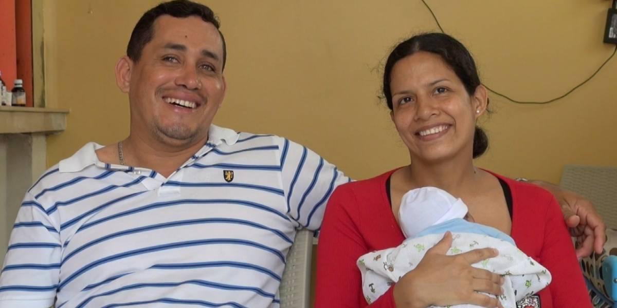Guayaquil: Una mujer dio a luz en un taxi en Samborondón