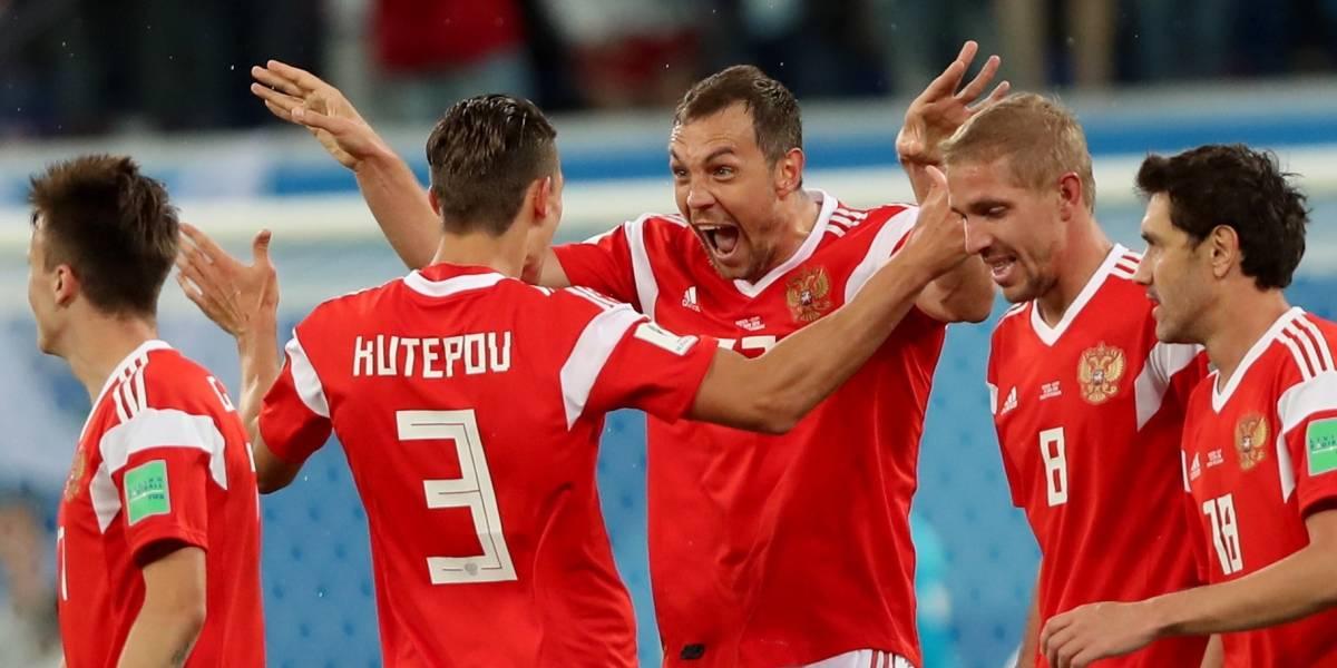 ¡No me subestimes! Rusia sorprendió, goleó y acaricia los octavos