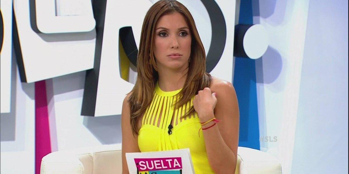 Andrea Escalona camina en traje de baño por la Reforma tras la victoria de su Selección