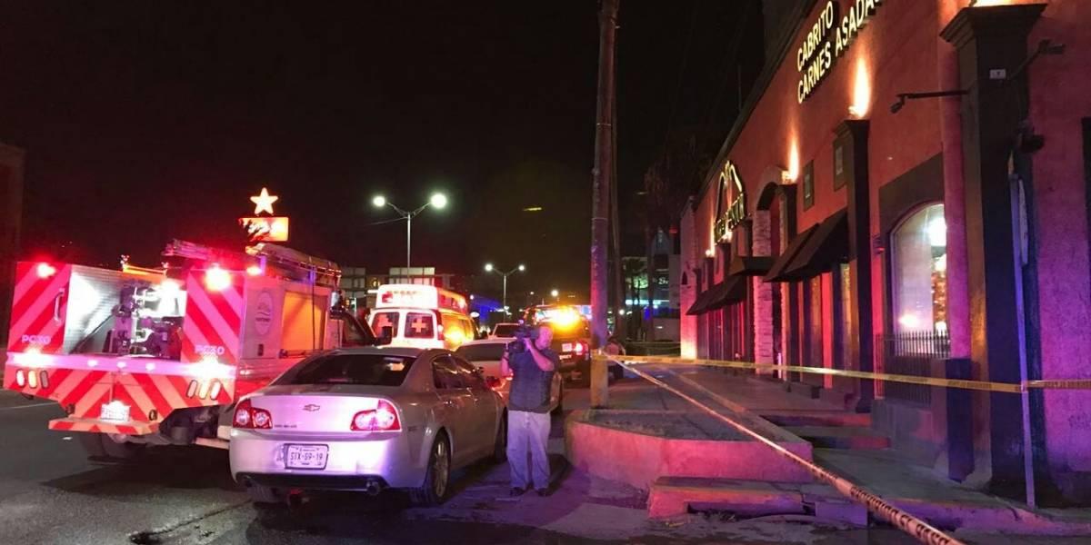Encapuchados ejecutan a gerente de restaurante en Monterrey