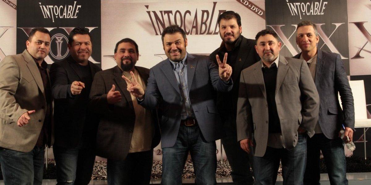 Intocable evita la violencia y ritmos de moda en su música