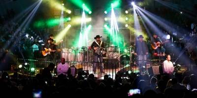 Intocable celebrará 25 años de carrera.