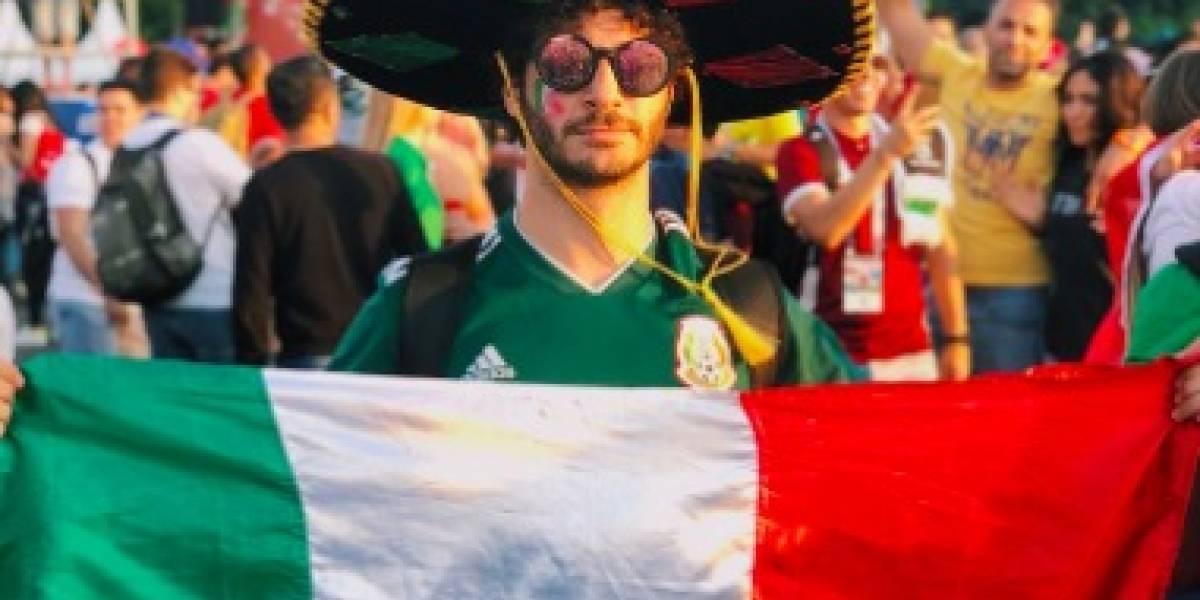"""Youtuber mexicano """"tuvo sexo"""" con la bandera alemana en las calles de Rusia y nadie está contento"""