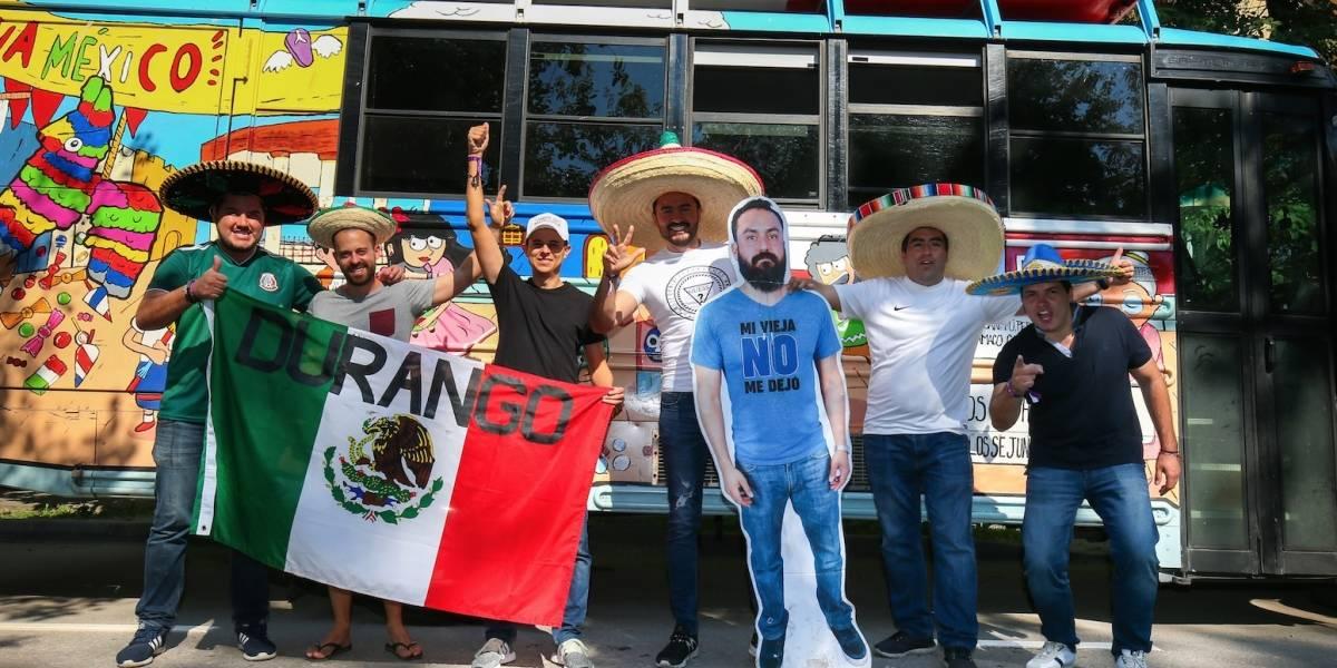 Mexicano de 'cartón' es el que mejor lo pasa en el Mundial