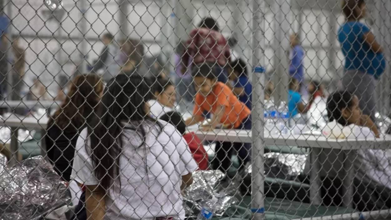 Wikipedia actualiza su lista de campos de concentración con los centros de detención de Trump