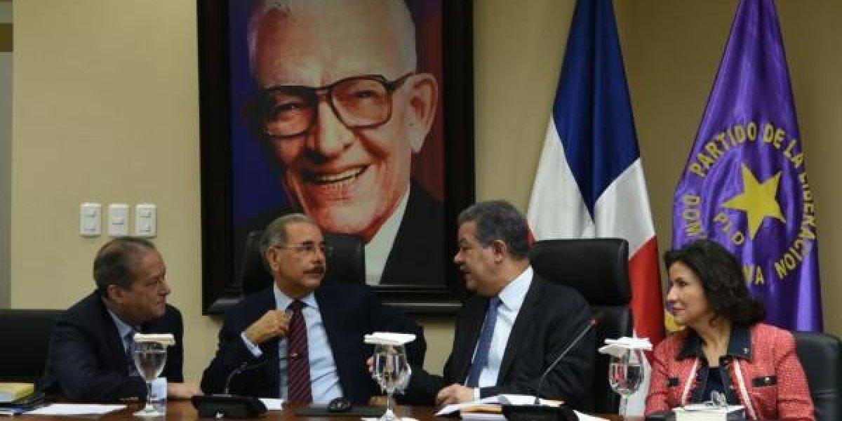 Peledeístas se pronuncian a favor y en contra de suspensión Bautista y Díaz
