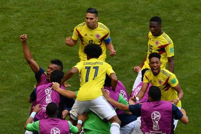 El júbilo y explosión de los colombianos tras la anotación del empate
