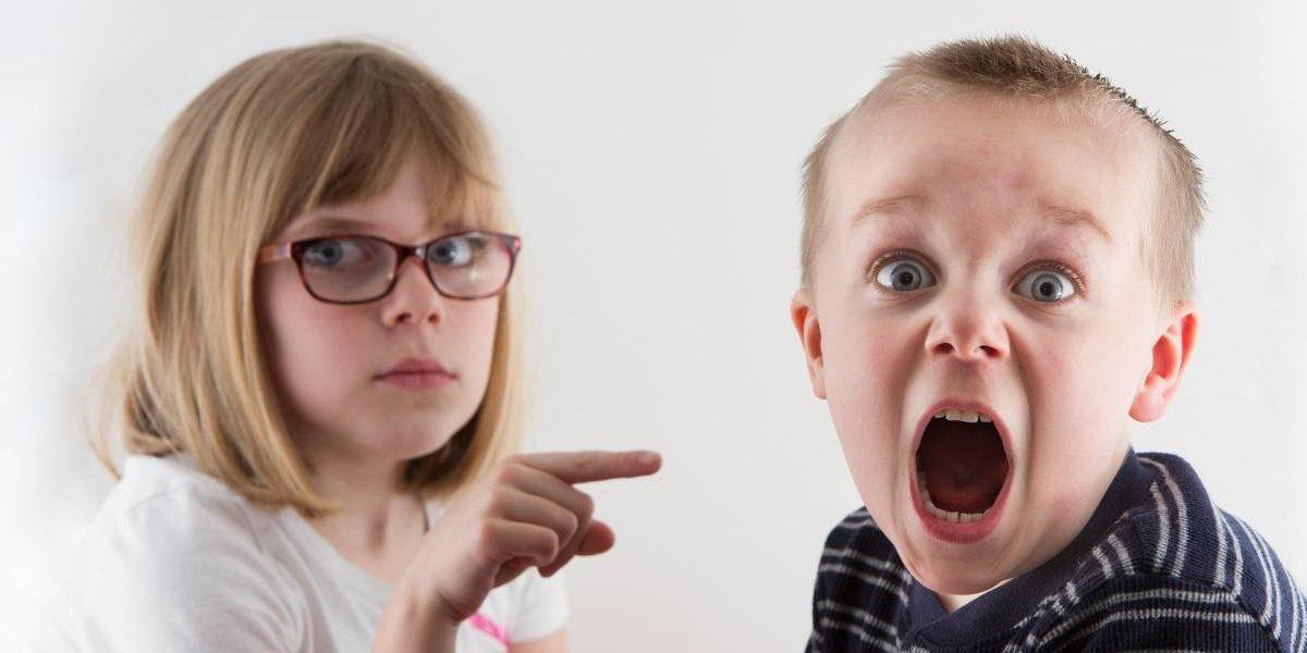 """¿Qué dicen los """"más chicos""""? Estudio asegura que los hermanos mayores son más inteligentes"""