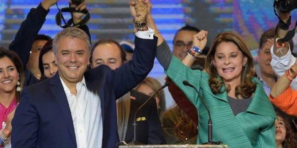 Danilo Medina felicita a Iván Duque por su victoria en Colombia