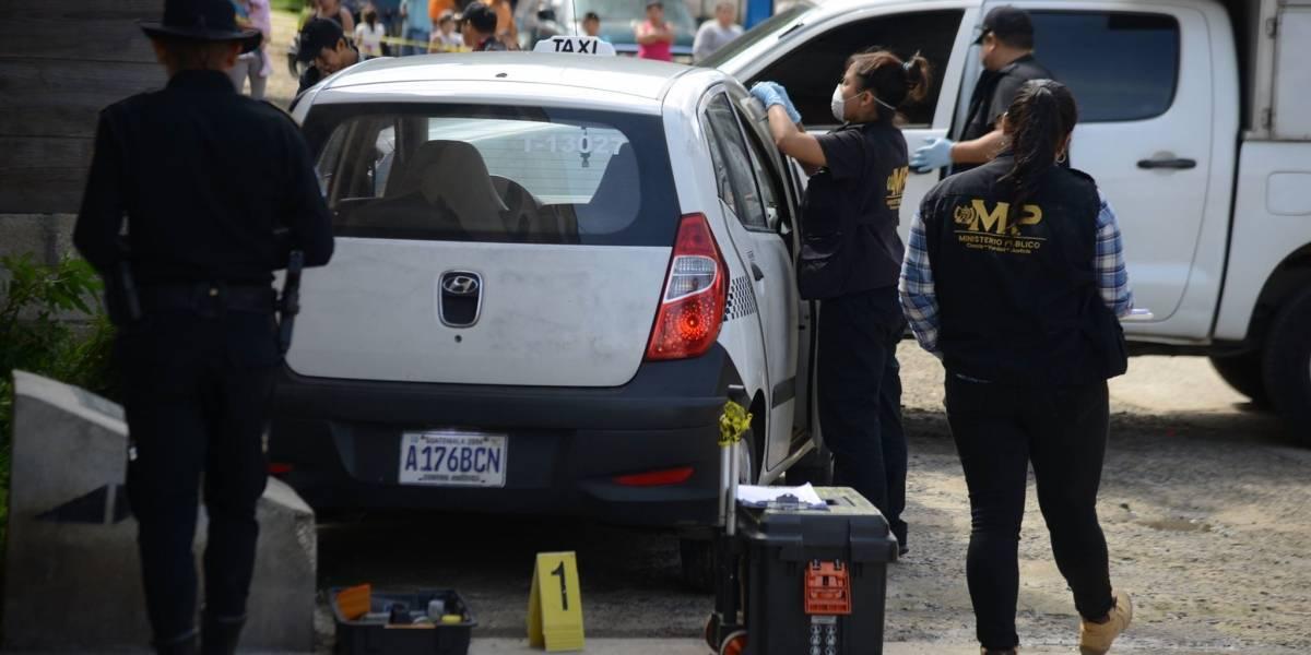 Pasajeros asesinan a taxista en Boca Del Monte, Villa Canales