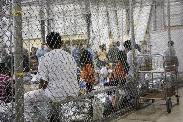 Niños mexicanos separados