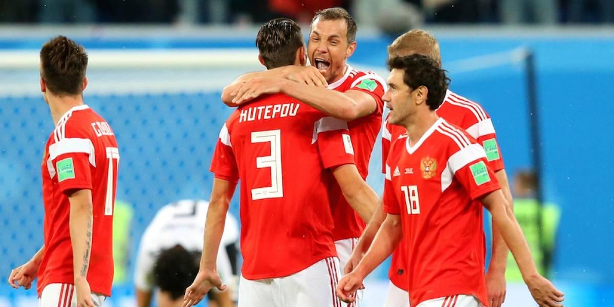 Rusia está en plan grande, golea a Egipto y clasifica a octavos de final