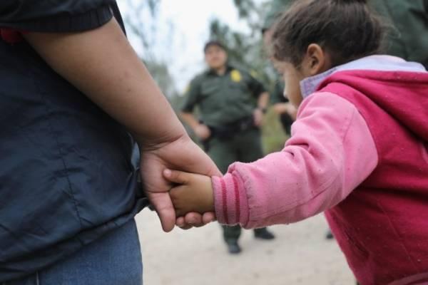 separación de familias migrantes en frontera de Estados Unidos