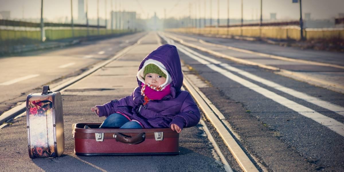 """""""Con la marraqueta bajo el brazo"""": bebé nació en tren de París y ahora viajará gratis hasta los 25 años"""