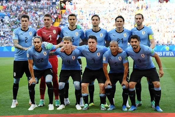 Luis Suárez empezó a celebrar incluso antes de que comience el encuentro. El goleador del Barcelona llegó a las 100 apariciones Getty Images