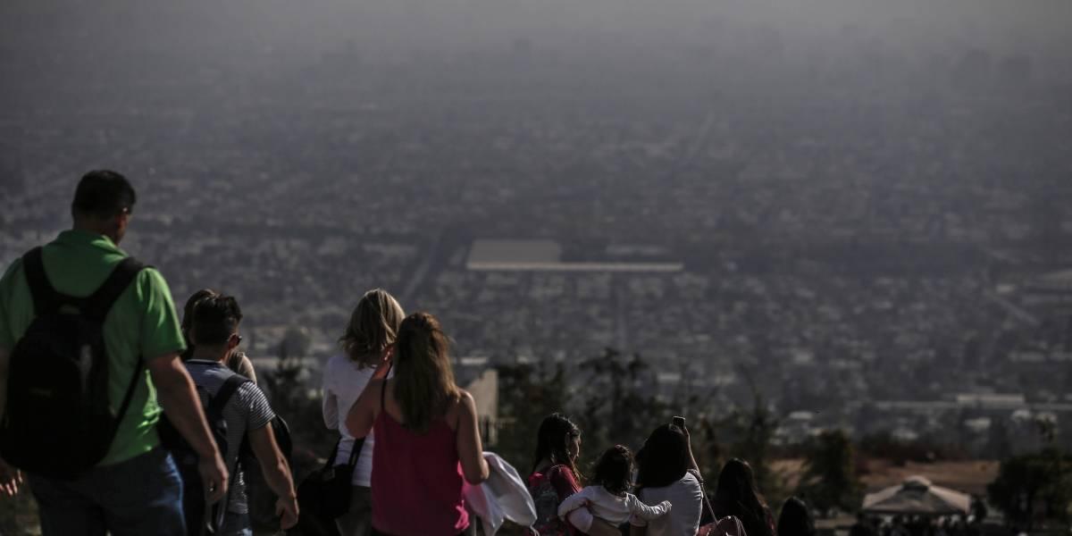 Persisten condiciones atmosféricas negativas: Intendencia Región Metropolitana confirmó alerta ambiental