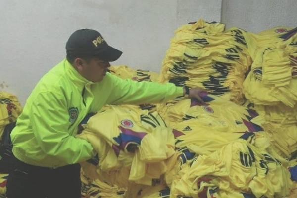 camisetas piratas de la Selección Colombia