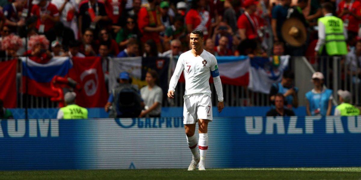 """Goles, récords y su nuevo look: La prensa mundial se rinde a los pies del """"santo"""" Cristiano Ronaldo en Rusia 2018"""