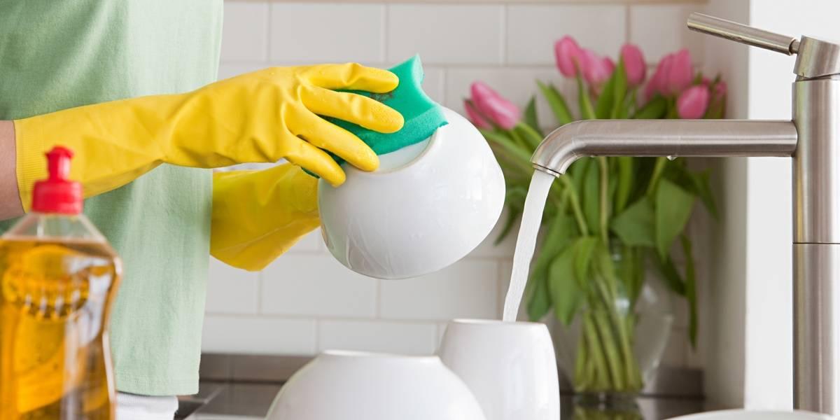 Anvisa proíbe venda de 58 produtos de limpeza; veja a lista